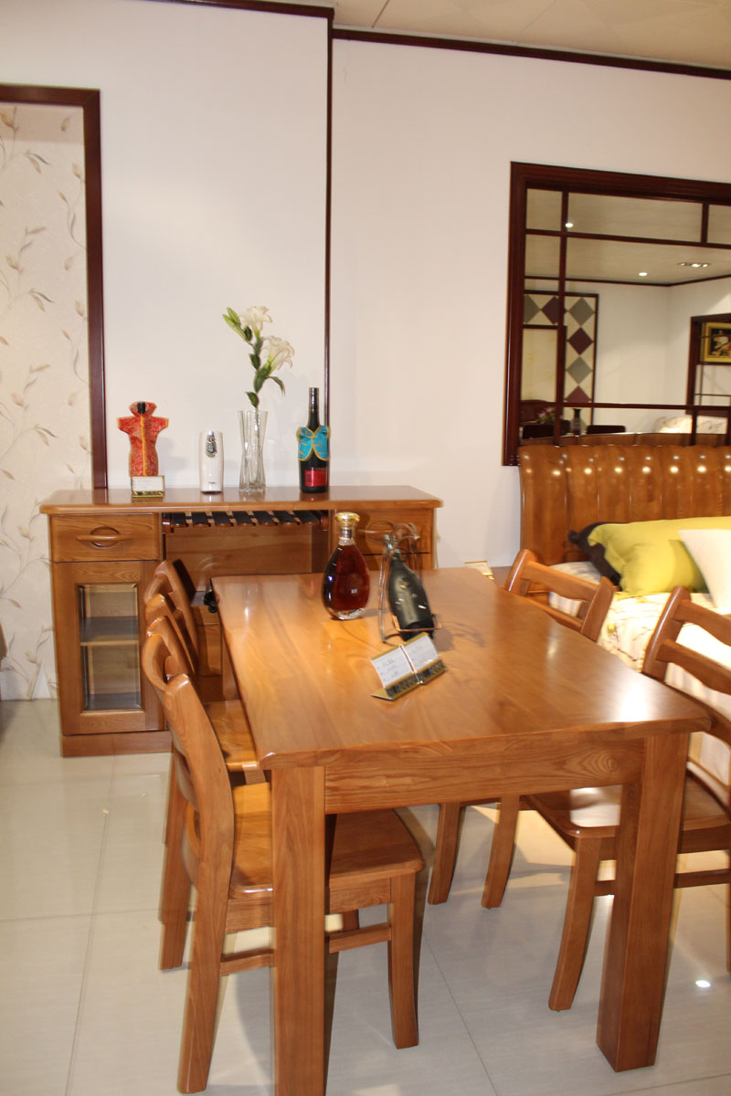 日照餐厅实木桌椅