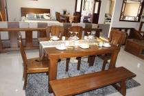 水曲柳实木桌椅