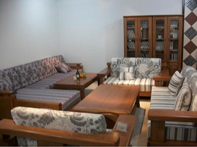 实木沙发受潮症状及如何预防